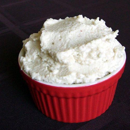 {Paleo} Cauliflower Hummus