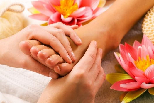 Yes that's true! Get 30 mins foot massage free with aroma and thai massage!!