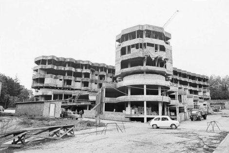 Construcción del Hospital Povisa X. Bar Boo