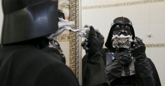 A primeira faz tchan, a segunda faz tchun e TAM-TAM-TAM, TAM-TAM-TAM, TAM-TAM-TAM! Darth Mykolaiovych Vader em ação, na Ucrânia