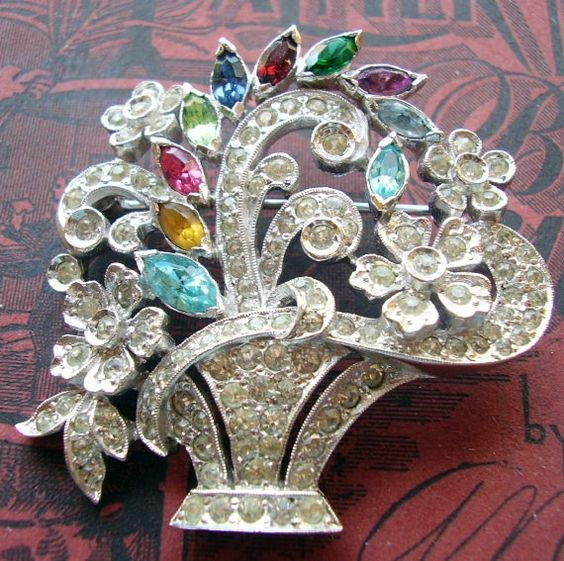 Stunning Pave Rhinestone Flower Basket Brooch Bouquet Pin Pendant Rhodium Plated 1930 Flowers