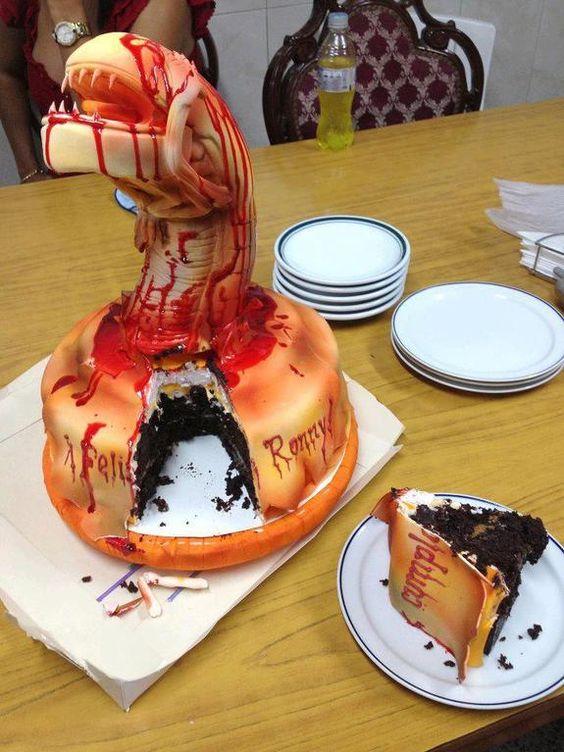 Alien Chestburster Cake Top