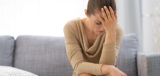 Dépression et Maniaco-Dépression   DÉPRESSION ET MANIACO-DÉPRESSION QU'EST CE QUE LA DÉPRESSION ?  La dépression est une maladie que beaucoup d'entre nous connaissent mal. Ce n'est pas une faiblesse.