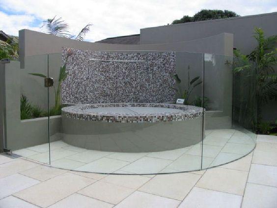 Frameless glass balustrade, Tubs and Glass balustrade on Pinterest