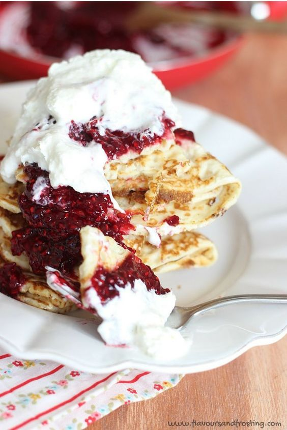 Raspberry Pancakes | Raspberry Crepes | Homemade Raspberry Sauce
