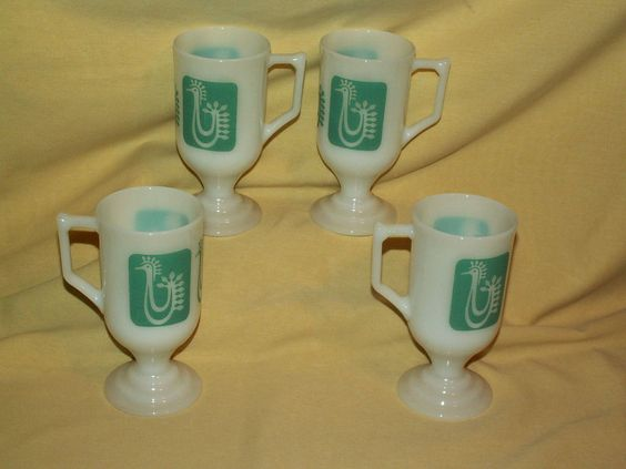 ROOSTER MUG SET 4 MILK GLASS WHITE TURQUOISE TEAL PEDESTAL FOOTED MCM COFFEE CUP