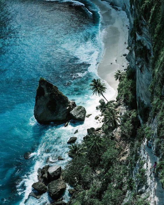 Diamond beach #diamondbeach #mavic2pro #nusapenida #atuhbeach #bali #бали