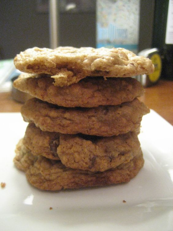 yummy yummy oatmeal cookies!!