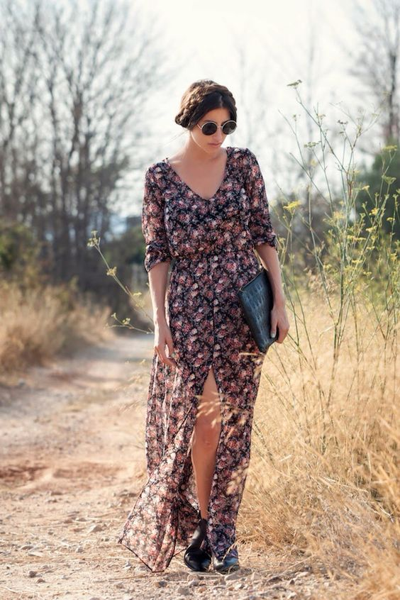 Floral dress #streetstyle #flowers #fashion #style #SS14 http://somethingintheway5.blogspot.com.es