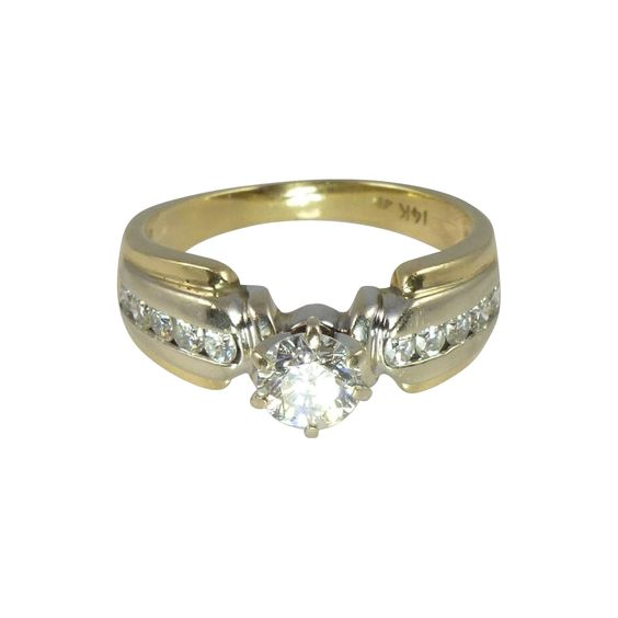 Dramatic Vintage 0.67ct Diamond Solitaire & 14kt Gold Engagement Ring
