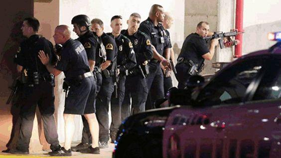 Tiroteio em Dallas: Cinco policiais são mortos em Dallas durante protesto contra violência racial | Internacional | EL PAÍS Brasil: