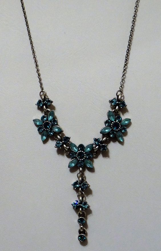 Rhinestone Blue Flower Vintage Necklace with Drop