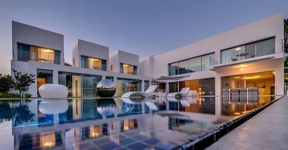 The Cubes House  by Nestor Sandbank  Location: Ramot Hashavim, Israel #d_signers #Architecture #architecturelovers #architectureporn #architect #architects #Interior #design #interiordesign #architectstudent #luxury #luxurious #Follow #archilovers...