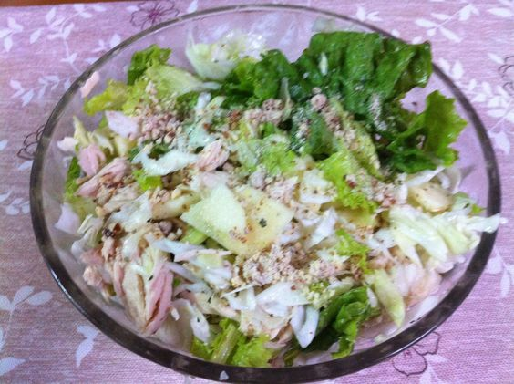 How to Cook Light Vitamin Salad