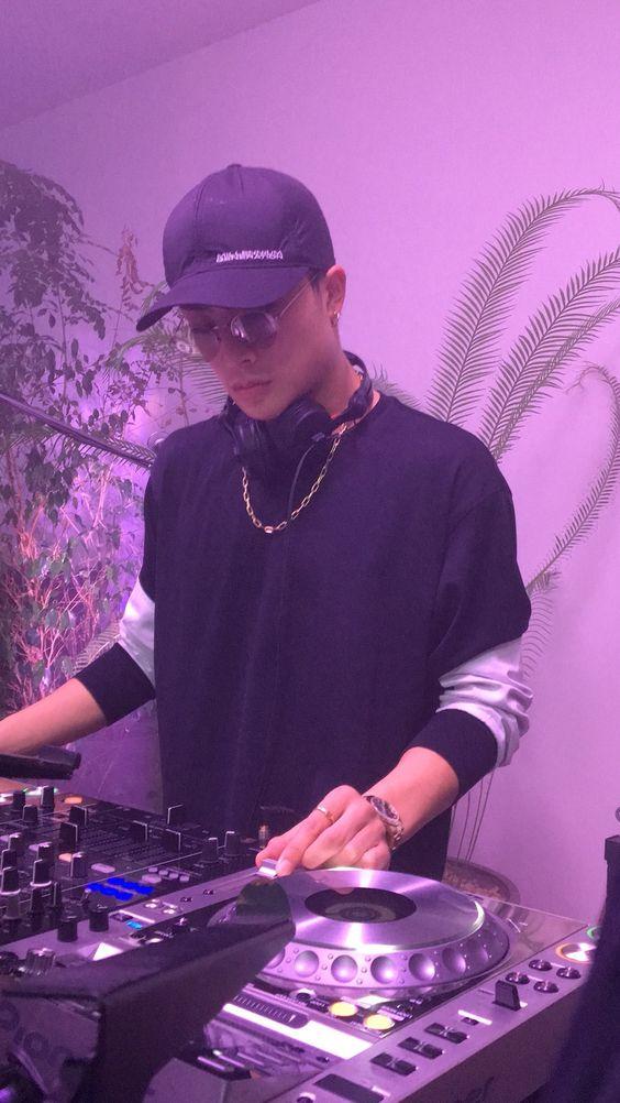DJ白濱亜嵐さん。