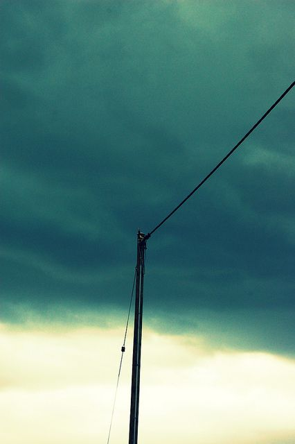 <3 I love power lines & telephone poles <3