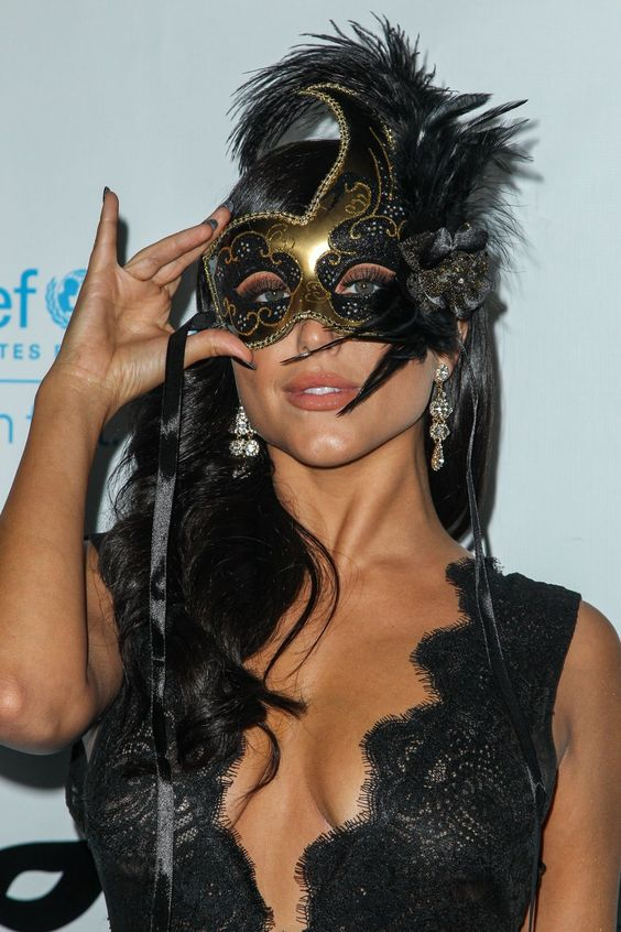 Cassie Scerbo At Unicef Black & White Masquerade Ball In Los Angeles 31 OCT, 2015