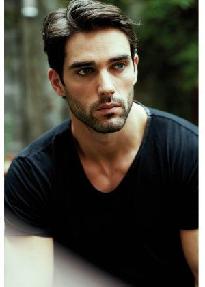 attractive spanish men