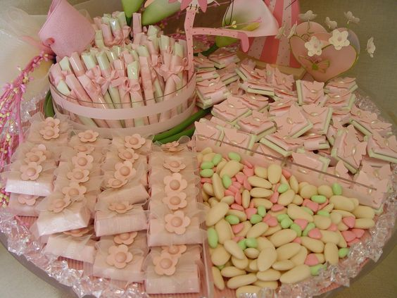 Baby showers showers and baby showers on pinterest for Baby shower tray decoration