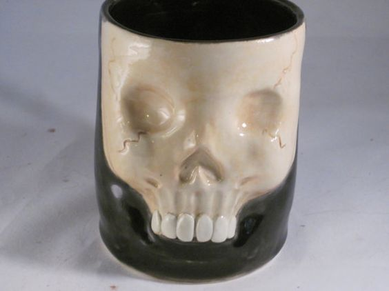 Wake and Bake Face mug pipe with Black liner by OrganicFlame