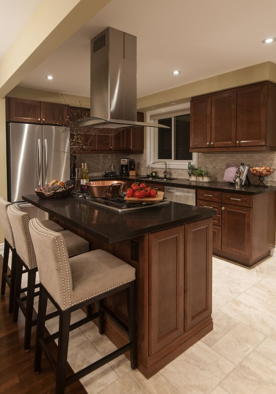 love it or list it reveal picture of new kitchen from episode 50103 kitchens pinterest. Black Bedroom Furniture Sets. Home Design Ideas