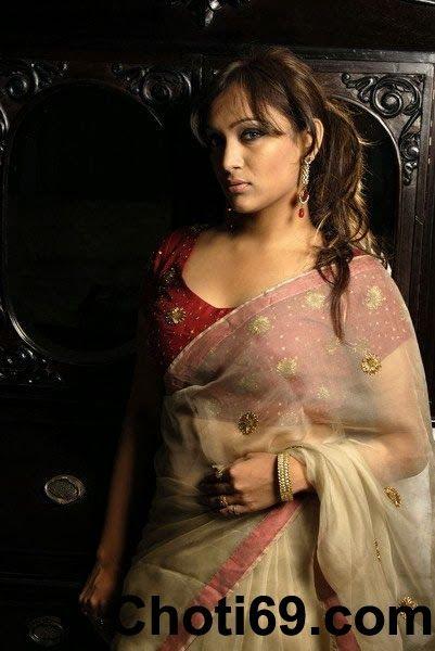 Choti69.Com - A New Bangla Choti Golpo Site: রানু আমাকে সাহায্য করলেন তাকে চোদার জন্য