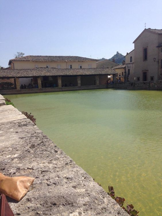 parco dei mulini (old thermal baths) - bagno vignoni, italy): top ... - Bagno Vignoni Map