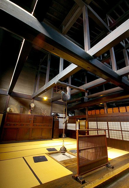 The floor gifu and museums on pinterest for Classic japanese house
