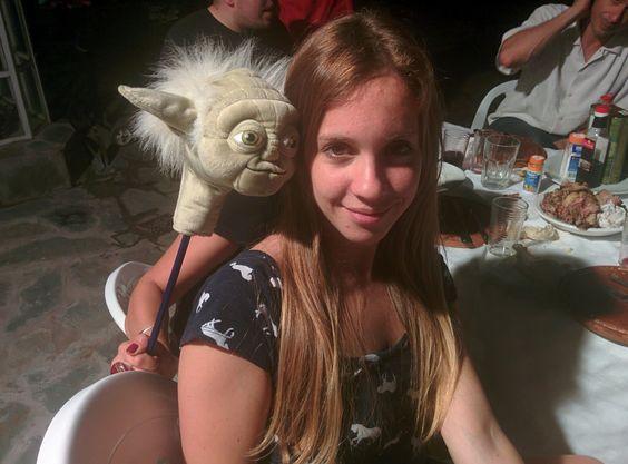 Lucía conociendo gente nueva :)