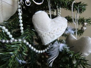 Best 25+ Fabric hearts ideas on Pinterest | Heart crafts ...