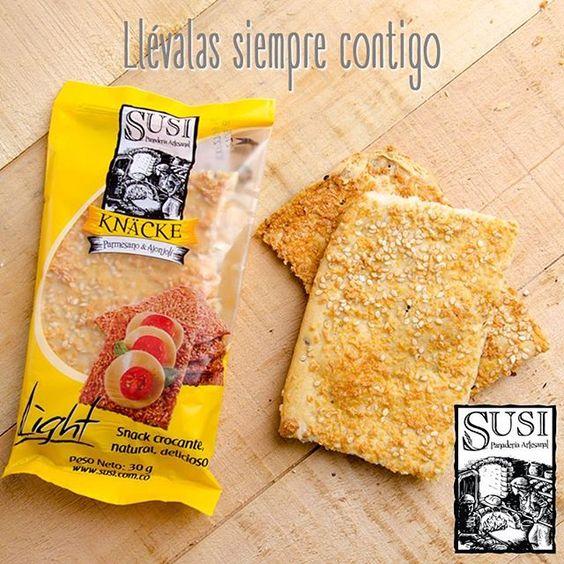 Prepárate antes de salir y lleva siempre contigo las galletas crocantes de #SusiPanaderíaArtesanal de parmesano, ajonjolí o semillas de girasol ¿Cuéntanos tu, cuál prefieres? www.susi.com.co  #EstiloDeVidaSaludable #SnackSaludable #Susi #Granola #Cereal #Oats #Pan #Bread #Brot #Panadería #SnacksSaludables #ComidaSaludable #Cereales #FrutosSecos #Yummy #Delicious #Tasty #TradiciónAlemana #SinAditivos #Delicioso #Sano #Natural #HealthyFood #NutriciónCreativa