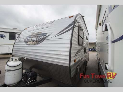 Check out this 2015 Palomino Canyon Cat 12RBC listing in Giddings, TX 78942 on RVtrader.com. It is a Travel Trailer and is for sale at $9388.