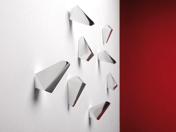 Garderobe / Wandhaken INNY by Hermann Schwerter | Design Caramel Architekten