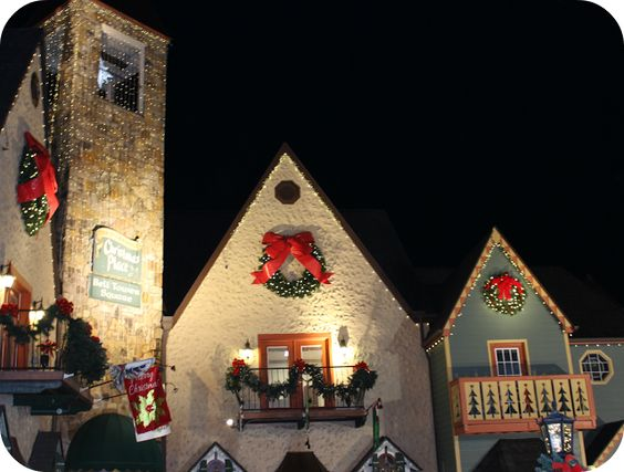 Christmas Decorations In Pigeon Forge Tn : Pigeon forge and the christmas on