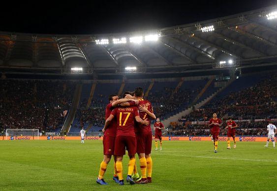 Duel klasik antara dua kesebelasan raksasa Italia menjadi daya tarik tersendiri untuk menyaksikan giornata ke-14 Serie A Liga Italia 2018/19 akhir pekan ini. AS Roma akan menjamu Inter Milan di Stadio Olimpico, pada Senin (3/12/2018) pukul 02.30 dini hari WIB.