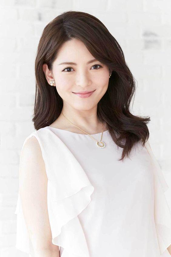 白い服と深津瑠美