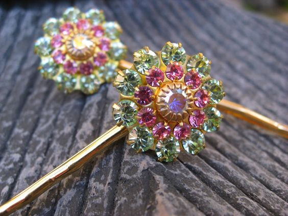 Small Pink and Green Starburst Golden Bobby Pin by thepinkcamellia