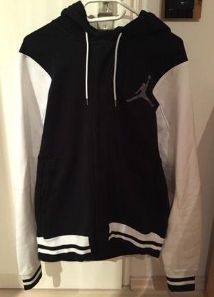 Kaufe meinen Artikel bei #Kleiderkreisel http://www.kleiderkreisel.de/herrenmode/hoodies/110678064-jordan-varsity-jacke-grosse-m