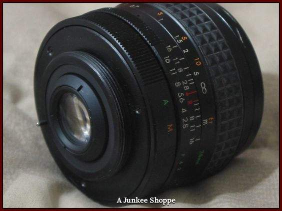 PROMASTER Auto 1:2.8  f/28mm Camera Lens Screw On Used Photography  IMG 3818   http://ajunkeeshoppe.blogspot.com/