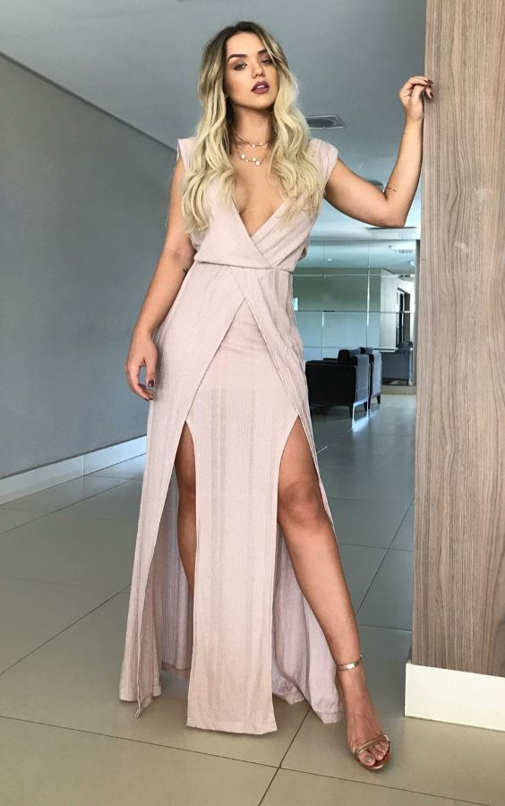 roupas festa e acessorios rosa | Vestidos incríveis, Vestidos