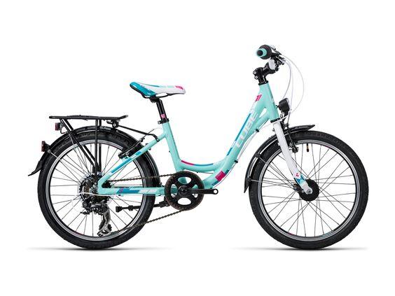 Ein für den Straßenverkehr ausgestattetes #Kinderfahrrad von #Cube. #Weihnachtsgeschenk #bikerboarder