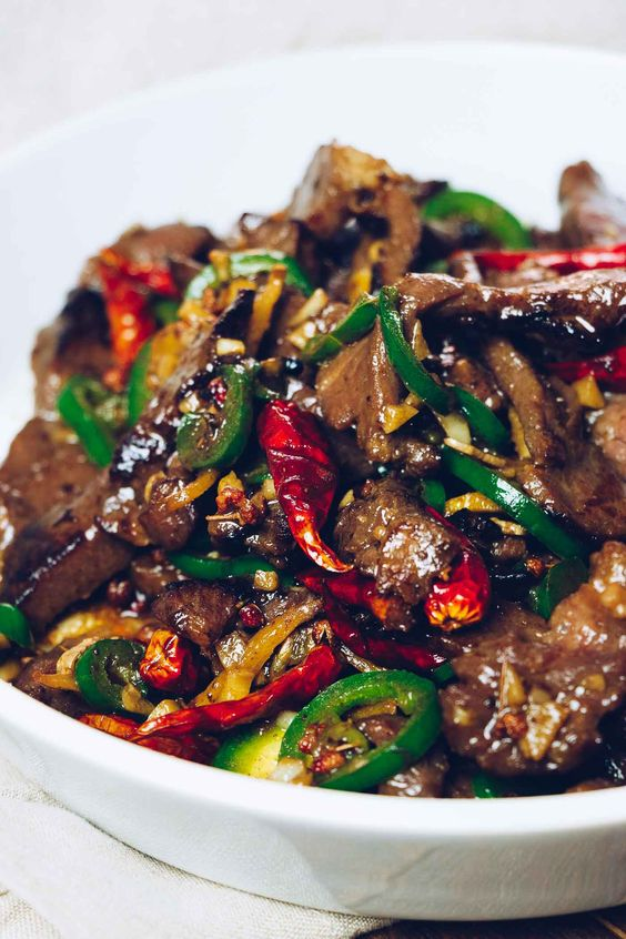 Paleo Hunan Beef Stir-Fry (Whole30, Keto)