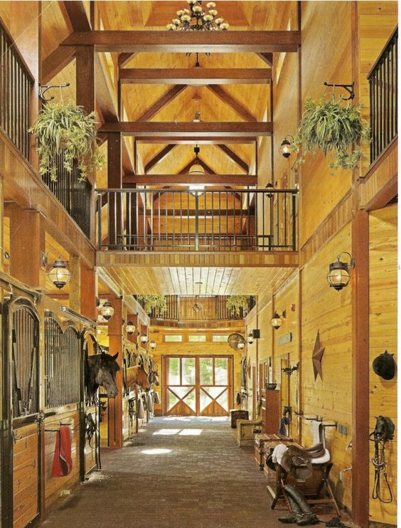 Small barns with living quarters luxury barn apartments for Luxury barn builders