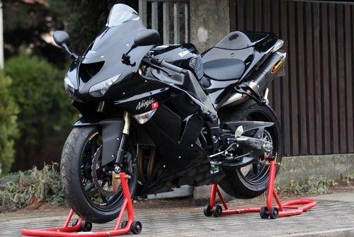 RE-PIN THIS! Kawasaki ZX10R Beast!