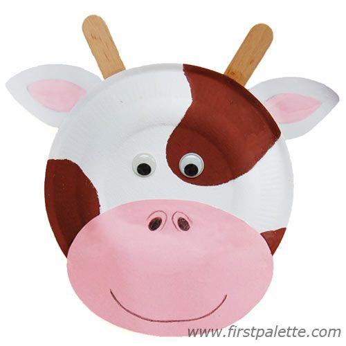 Animais feitos com pratos de papel - Vaca