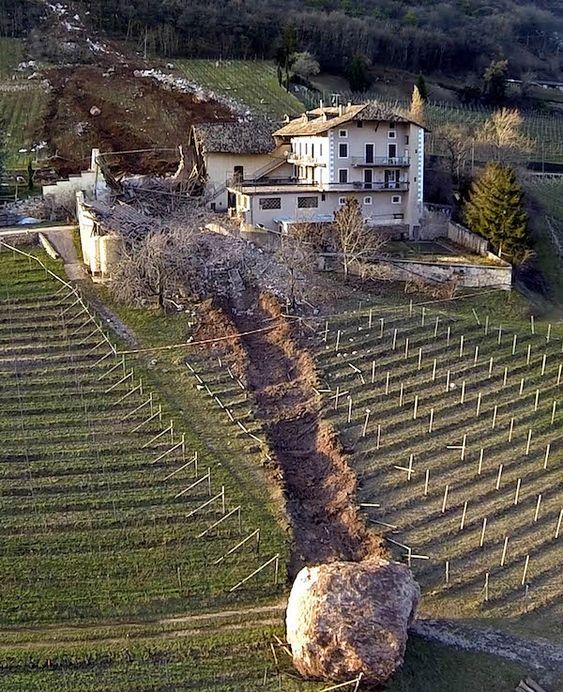 Rock slide took out barn, missed house - Ronchi di Termeno, Termeno sulla Strada del Vino, Bolzano (AP Photo/Markus Hell, Tareom.com, ho)