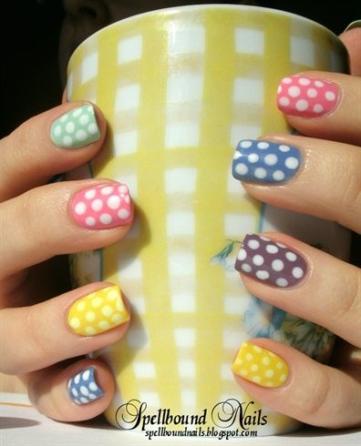 White Polka Dot's. That's hot... =) Multiple base colors is a good touch.