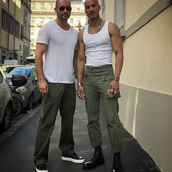 Backstage before the show with Paolo Roldan. Men with no hair can be sexy too # The coolest @juanpaoloroldan @milanvukmirovic @ports1961menswear