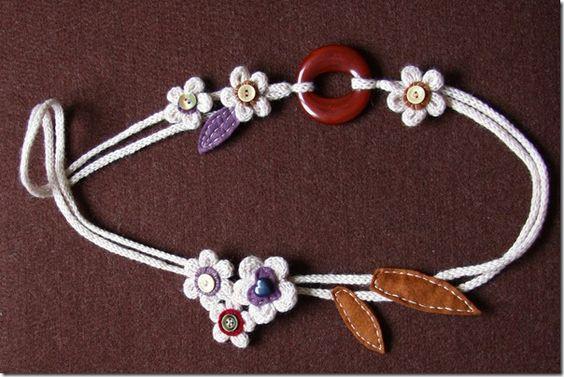 Collier de laine feutre - Quel beau collier - What a beautiful necklace