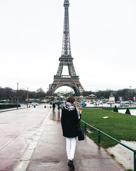 Ya podéis ver en el canal mi diario de viaje a París junto a @larocheposay_es Espero que os guste!  by arantxaschz